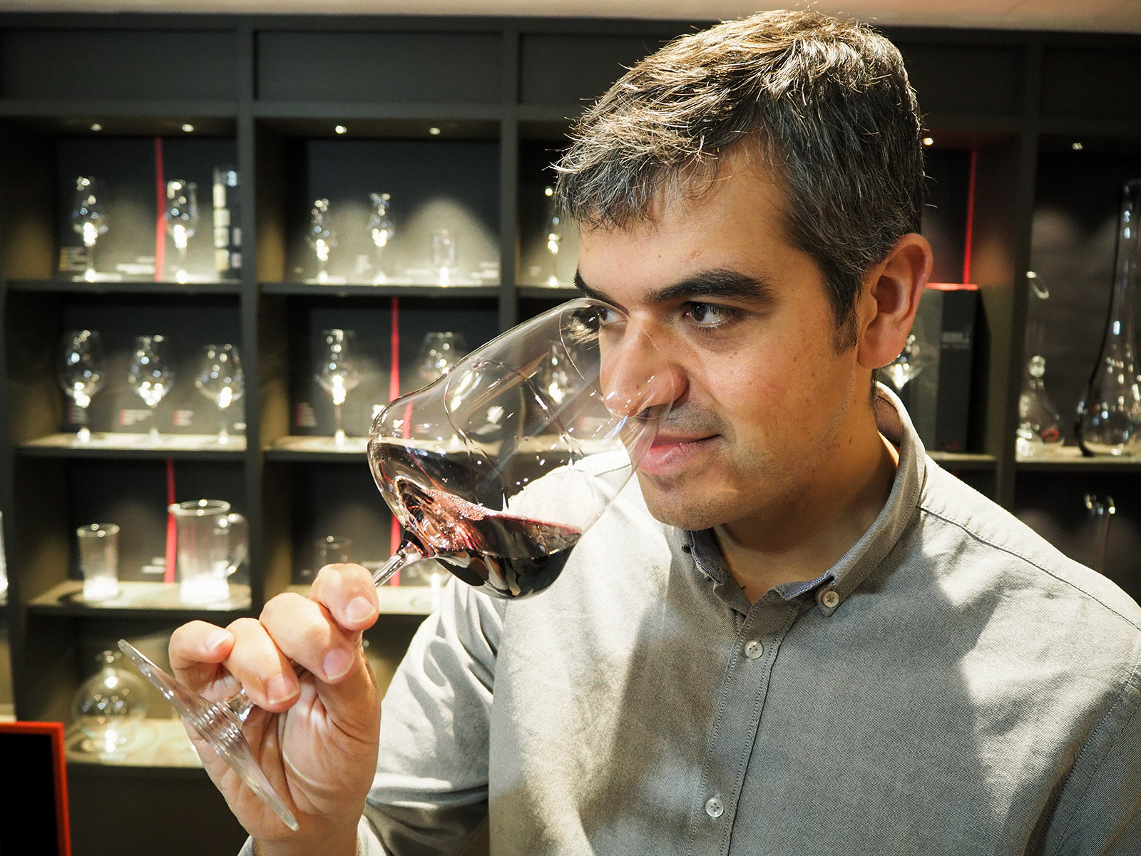 Ferran Centelles cató A.R.T Milla, un vino single vineyard de la Milla de Oro de la Ribera del Duero, elaborado por la bodega Tr3smano. Sus valoraciones aparecen en la web de Jancis Robinson, Master of Wine.